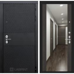 Входная металлическая дверь Лабиринт Black Зеркало Максимум (Чёрный кварц / Венге)